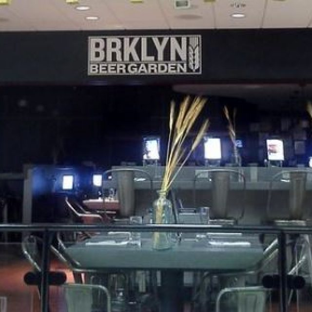 BKLYN Beer Garden, bar restaurant à l'aéroport JFK à New York