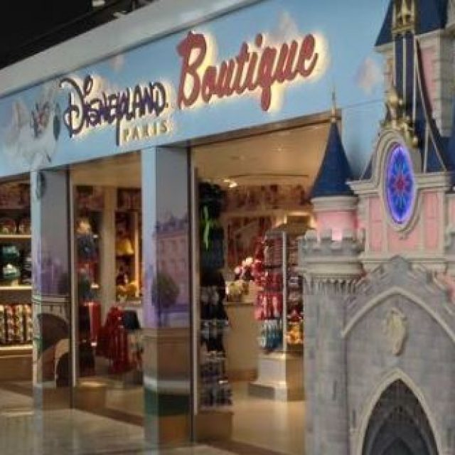 Disneyland Paris : shopping de Divertissement, Presse & Multimédia à Paris-Charles De Gaulle