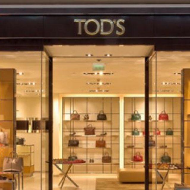 Tod's : shopping de produits de luxe, mode et accessoires à Paris-Charles De Gaulle