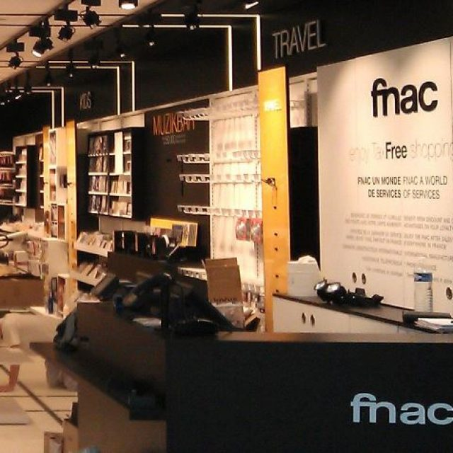 FNAC : shopping de divertissement, presse et multimédia à Paris-Charles De Gaulle