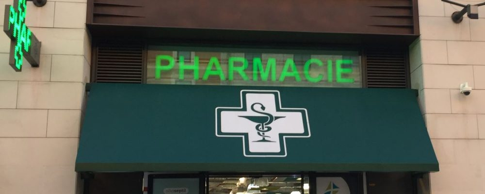 Comment choisir sa pharmacie en voyage?