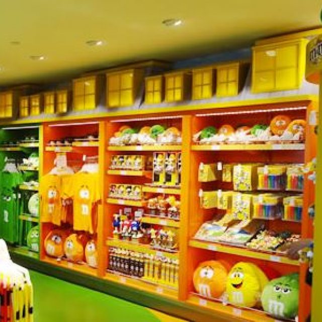 M&M's : shopping de produits gastronomique à Paris-Charles De Gaulle