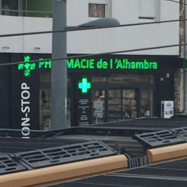 Pharmacie de l'Alhambra à la gare de Marseille-Blancarde