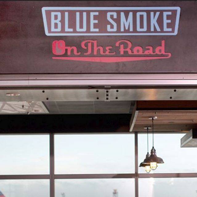 Blue Smoke on the Road, restaurant américain à l'aéroport JFK à New York