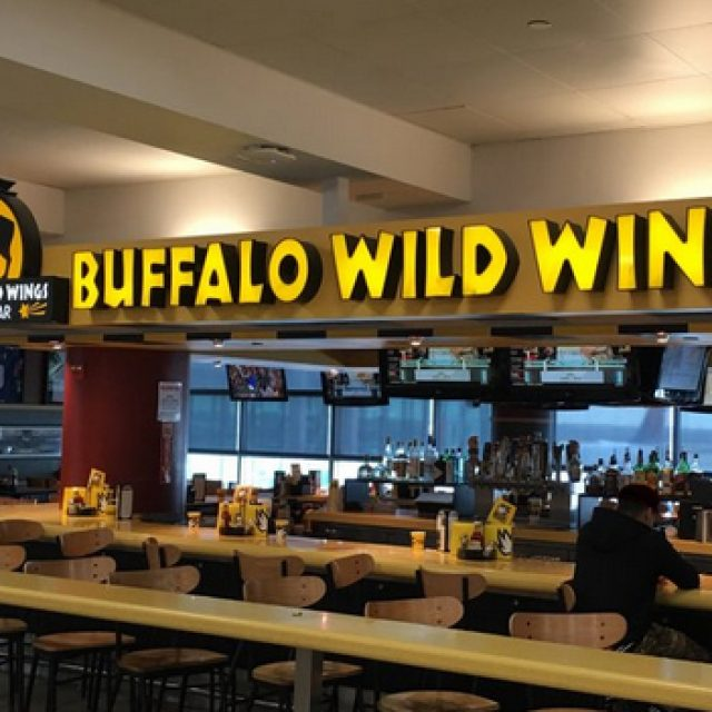 Buffalo Wild Wings, restaurant américain à l'aéroport JFK à New York