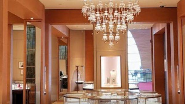 Cartier : shopping de luxe, mode & accessoires à Paris-Charles De Gaulle