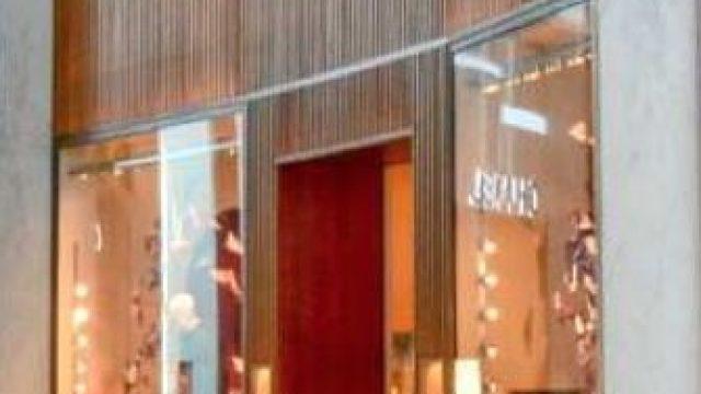 Hermès : shopping de luxe, mode & accessoires à Paris-Charles De Gaulle