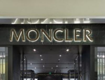 MONCLER : shopping de produits de luxes, modes & accessoires à Paris-Charles De Gaulle